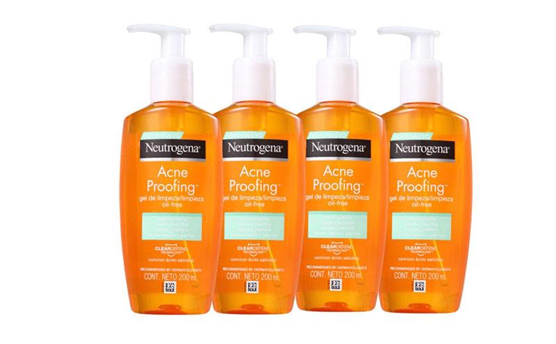 ácido salicílico para  peles oleosas duas vezes ao dia