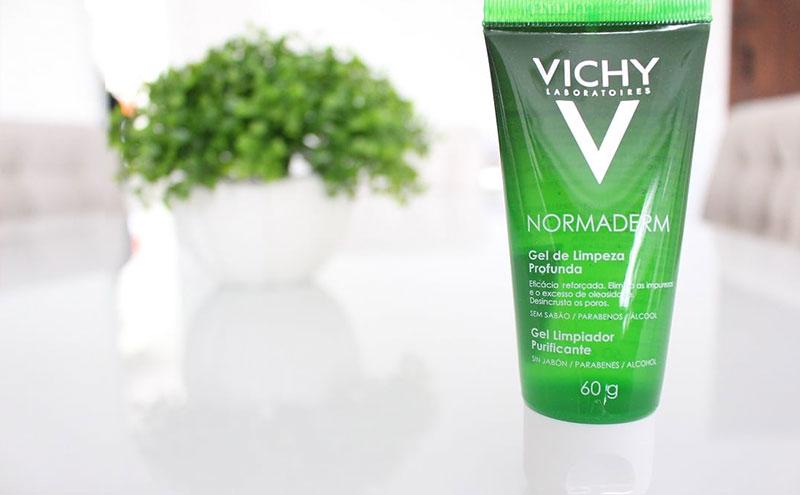 limpeza facial com ácido salicílico para peles oleosas